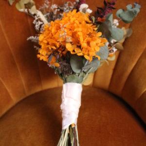 bouquet-preservado-naranja